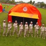 Tim lomba BPBD Kota Batu usai membuat tenda di Lapangan Rampal Kota Malang beberapa saat lalu (Foto: istimewa)