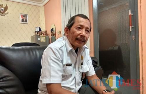 Kepala Dinas Lingkungan Hidup Kota Malang, Agoes Edy Putranto (Hendra Saputra)