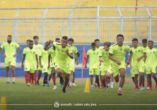 Pemain Arema FC ketika melakukan latihan.(Official Arema FC)
