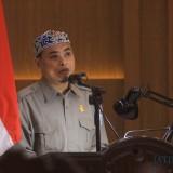 Abdul Axis, saat membacakan pendapat akhir Fraksi Partai Kebangkitan Bangsa (FPKB)(Agus Salam/Jatim TIMES)