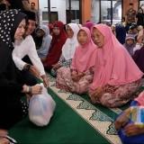 Wali Kota Batu saat Safari Ramadan tahun 2018 di Kelurahan Songgokerto. (Foto: Irsya Richa/MalangTIMES)