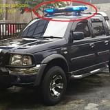 Ilustrasi mobil yang pakai rotator atau strobo (Mobilku.org)