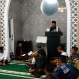 Wali Kota Malang, Drs. Sutiaji saat memberikan ceramah di Masjid Al Falah dalam Safari Ramadan hari kelima Kamis (9/5/2019) (Hendra Saputra)