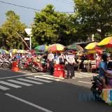 Bazar takjil di Jalan Ahmad Yani Kota Blitar