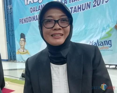 Puji Hariwati Plh Kepala Dinas Pendidikan Kabupaten Malang (Nana)