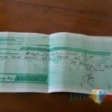 Salah satu kwitansi yang di tunjukkan warga / Foto : Istimewa / Tulungagung TIMES
