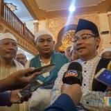 Wali Kota Malang Sutiaji saat diwawancara wartawan usai Safari Ramadan. (Foto: Imarotul Izzah/MalangTIMES)