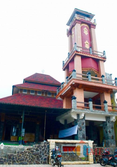 Masjid Jami' Daarul Muttaqiin di Jalan Sekar, Desa Pandanrejo, Kecamatan Bumiaji. (Foto: Irsya Richa/MalangTIMES)