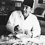 Sahur Bersejarah di Hari Ke-9 Ramadan untuk Indonesia