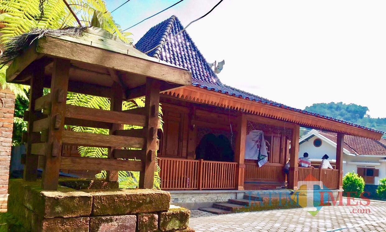 Masjid Gedhe Padang Mahsyar yang berada di Desa Gunungsari, Kecamatan Bumiaji. (Foto: Istimewa)