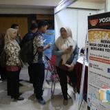 Pelamar di bursa efek kerja Surabaya