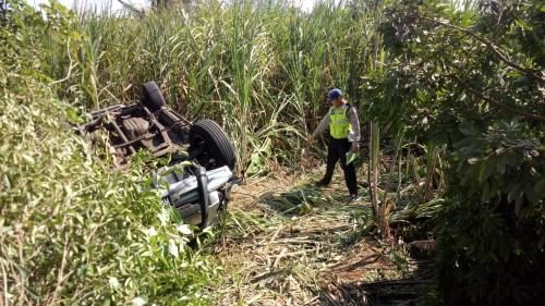 Jenazah dua orang yang meninggal dunia setelah dihantam mobil di Bantur dan dievakuasi ke kamar mayat. (Foto : Dokumen MalangTIMES)