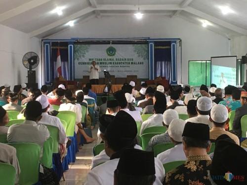 Situasi agenda multaqo ulama dan habaib se-malang raya yang diadakan di Ponpes Annur 1, Kecamatan Bululawang (Foto : Ashaq Lupito / MalangTIMES)