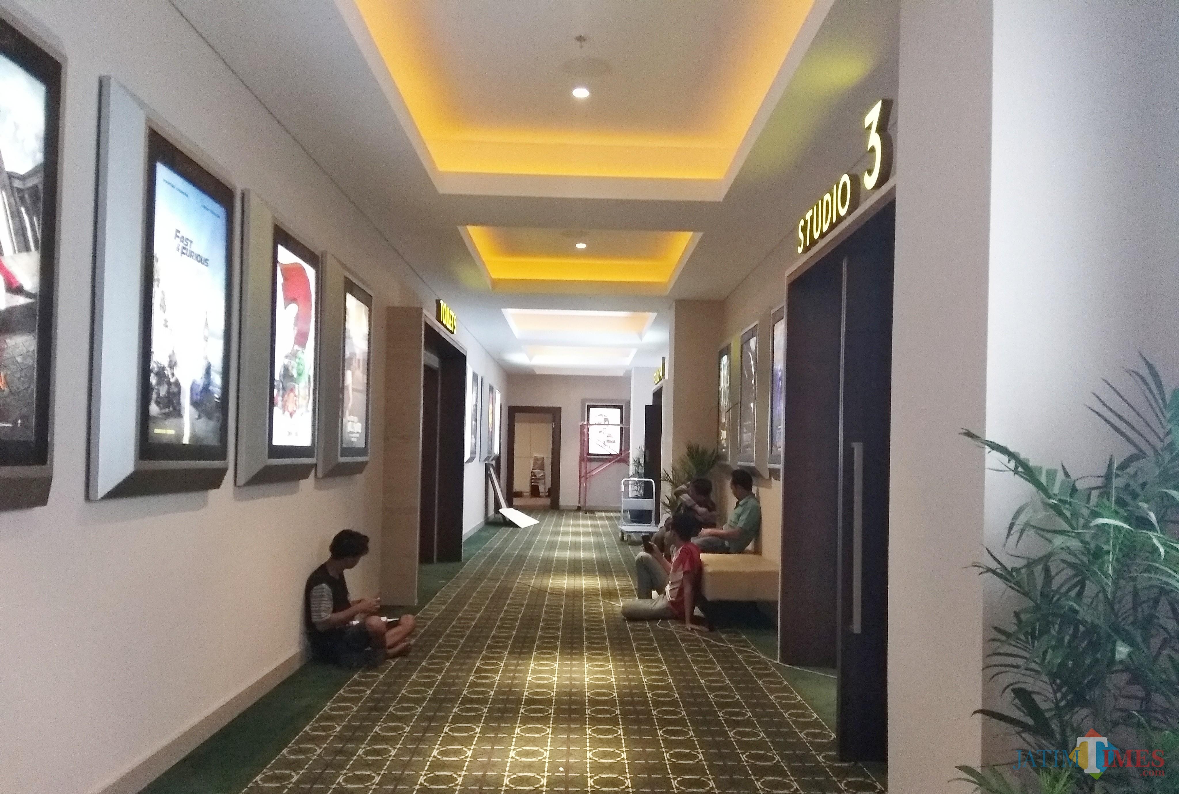 Suasana bioskop cinema XXI saat Grand Opening.(eko Arif s /JatimTimes)