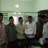 Ketua DPC PKB Kab Blitar Abdul Munib (3 dari kanan) bersama pengurus NU Kab Blitar