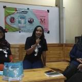 Peluncuran dan diskusi buku Kaki-Kaki Kecil Ramadan karya dua penulis perempuan asal Malang. (Foto: Nurlayla Ratri/MalangTIMES)