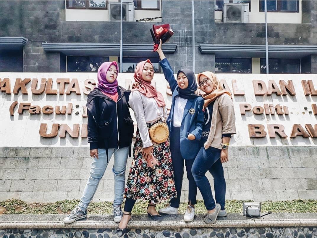 Mahasiswi perantau di Kota Malang.(Foto: Instagram @feniyusnia)
