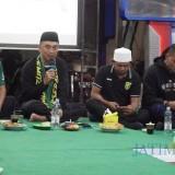 Acara cangkrukan Polrestabes Surabaya dengan Bonekmania.