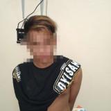 Syahrul Gunawan tersangka beserta barang bukti hasil pencurian saat diamankan pihak kepolisian, Kecamatan Bululawang (Foto : Humas Polres Malang for MalangTIMES)