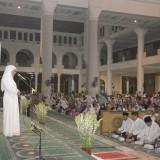 Gubernur Jatim Khofifah saat malam Nuzulul Qur