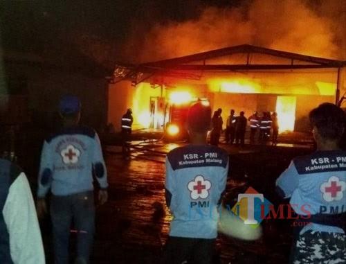 Kebakaran di Kabupaten Malang intensitasnya naik setiap tahun, sehingga membuat tim Damkar bersiaga menjelang lebaran mendatang (dok MalangTIMES)