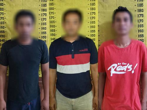 tiga tersangka yang ditangkap terkait pembobolan rumah warga