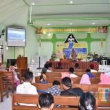 Kapolres Situbondo saat menyampaikan dialog kebangsaan yang bertempat di Gereja GKJW Situbondo (Foto Heru Hartanto / SitubondoTIMES)