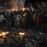kericuhan saat menggelar Aksi 22 Mei di depan gedung Bawaslu, Jakarta (ANTARA)