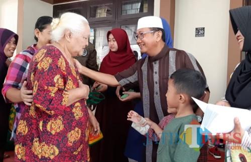 Yakini jadi Kunci Kesuksesan, Tri Wediyanto Rutin Berbagi dengan Anak Yatim
