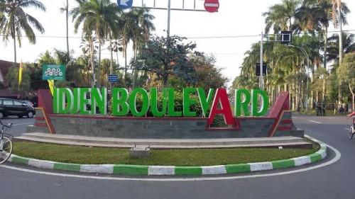 Signage Idjen Boulevard yang nantinya juga akan dibuat di kawasan Jalan Veteran. (daily.kinanti.blogspot)