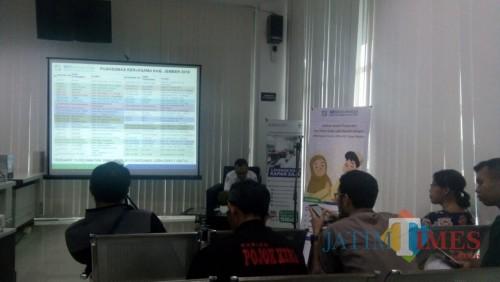 BPJS Cabang Jember saat menggelar acara bersama sejumlah wartawan di Aula kantor BPJS (foto : Moh. Ali Makrus / Jatim TIMES)