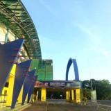 Dibiarkan, Kanopi Stadion Kanjuruhan Rusak di Sejumlah Titik