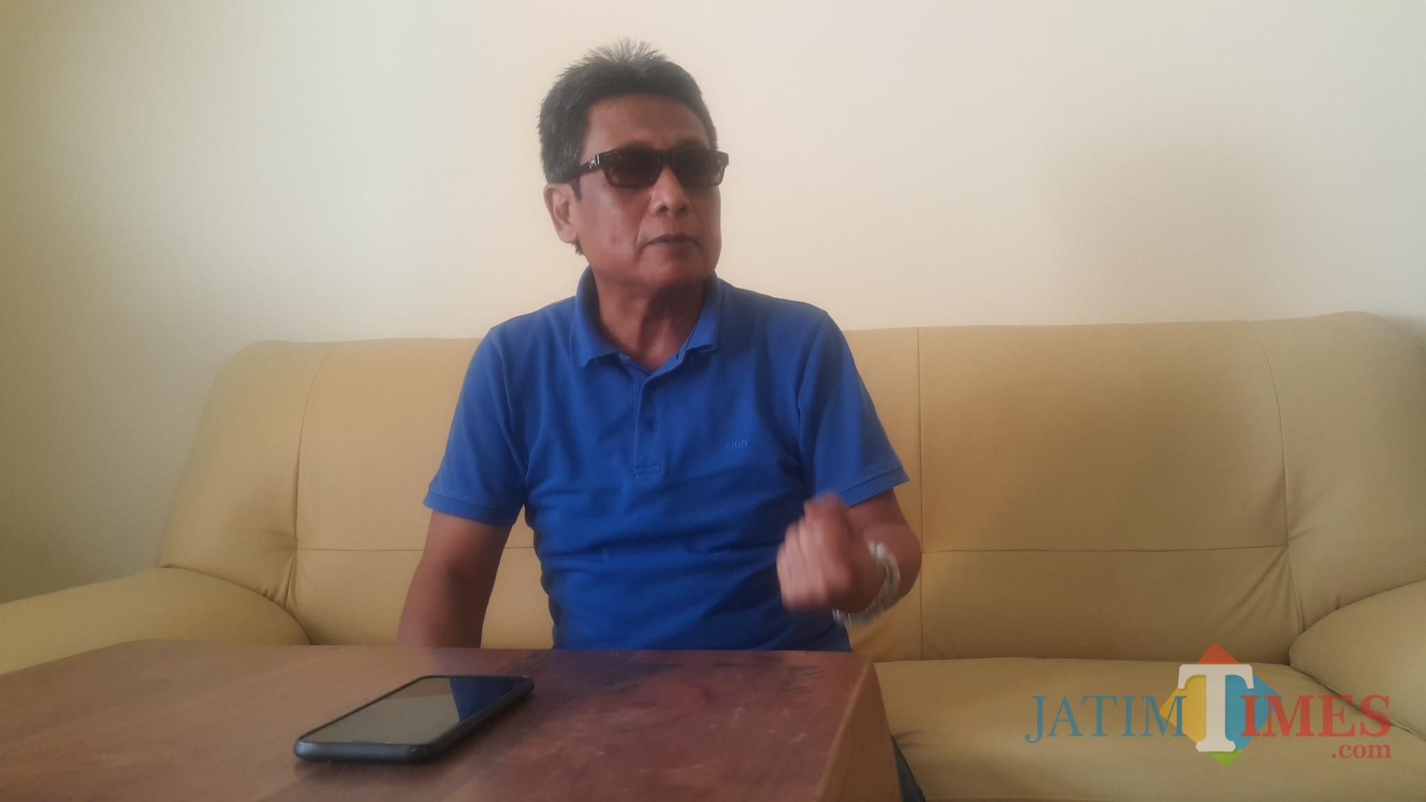 Abdul Wahab Adinegoro, penasehat Hukum nasabah koperasi yang melapor ke Pengadilan Niaga Surabaya (Agus Salam.Jatim TIMES)