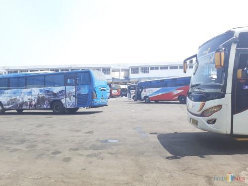 Ilustrasi angkutan umum bus yang biasa digunakan untuk mudik lebaran (Arifina Cahyanti Firdausi/MalangTIMES)