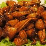 Daging katak yang diolah menjadi masakan. (Foto: istimewa)