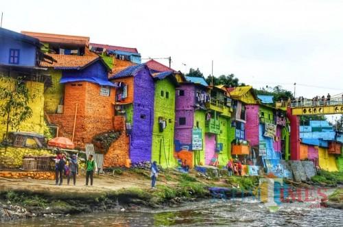 Tempat wisata Kampung Warna-warni Jodipan di Kota Malang. (Arifina Cahyanti Firdausi/MalangTIMES)