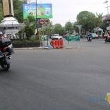 Situasi jalan nasional di simpang tiga Jalan Gatot Subroto, Mojongapit, Kecamatan Jombang. (Foto : Adi Rosul / JombangTIMES)