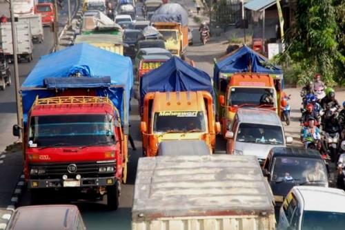 Ilustrasi larangan kendaraan barang beroperasional di beberapa hari menjelang lebaran dan sesudahnya (Ist)