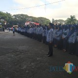Peserta upacara peringatan Hari Lahir Pancasila di halaman Balai Kota Malang, Sabtu (1/6/2019) (Pipit Anggraeni/MalangTIMES).