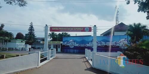 Perapian kantor RPH Kota Malang yang juga menjadi pusat penjualan Super Meat di Jalan Kolonel Sugiono (Foto: Dokumen MalangTIMES)