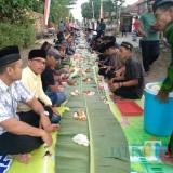 Suasana buka bersama di musala Baiturahim Desa Wates Kecamatan Sumbergempol / Foto : Istimewa / Tulungagung TIMES