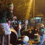 penampilan salah satu peserta festival musik patrol di Desa Menampu (foto : R Ulum / JatimTIMES)