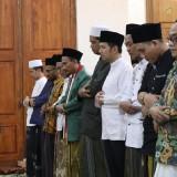 Salat Ghoib Dari Jatim Untuk Ani Yudhoyono di Grahadi