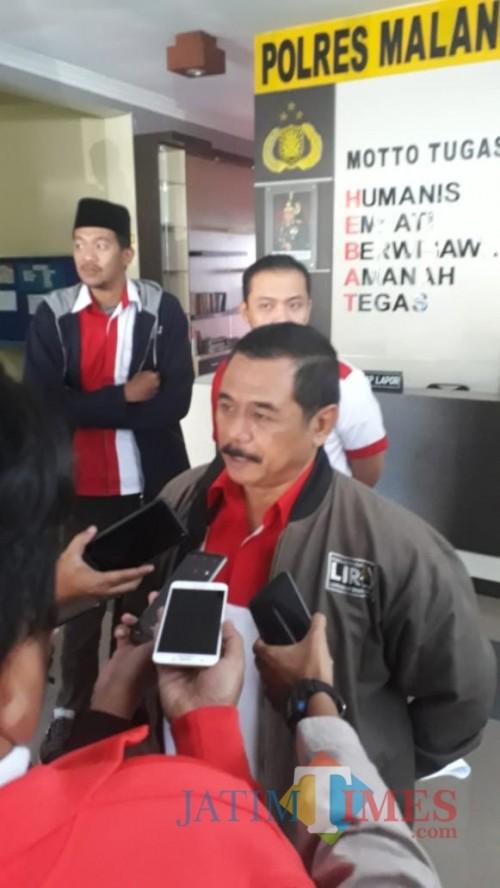 Bupati LiRa Malang Zuchdy Achmadi menyayangkan mutasi Direktur RSUD Kanjuruhan yang terkesan terburu-buru (LiRa for MalangTIMES)