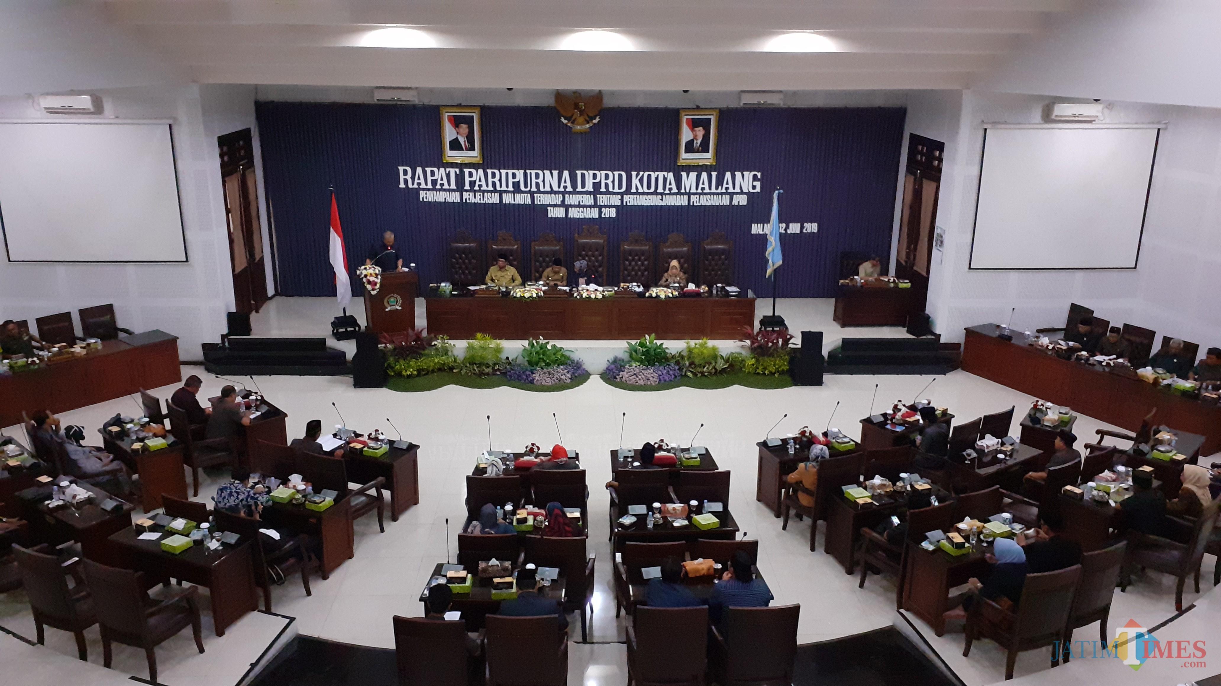 Sidang Paripurna Kota Malang (Pipit Anggraeni/MalangTIMES)