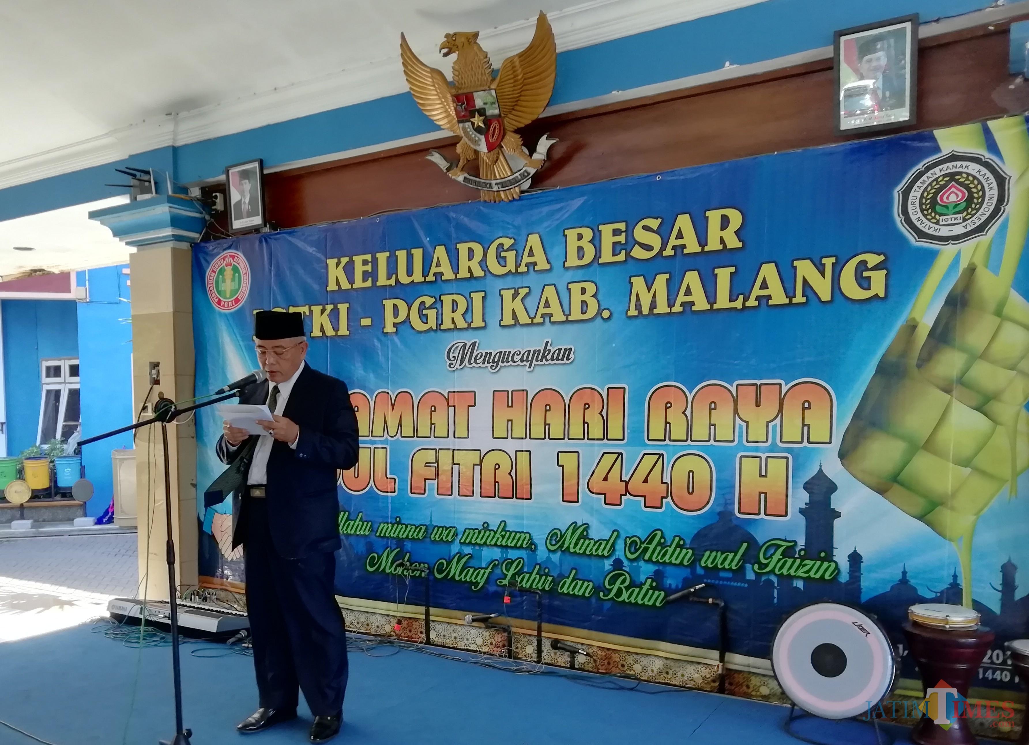 Wabup Malang Sanusi membuka acara halal bihalal di Dinas Pendidikan sekaligus memberikan apresiasi atas capaian M Hidayat Kepala Disdik Kabupaten Malang (Nana)