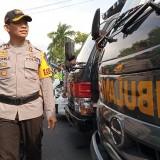 Kapolres Tulungagung,  AKBP Topik Sukendar saat memeriksa kesiapan ops. Ketupat beberapa waktu lalu(foto :  joko pramono/jatimtimes)
