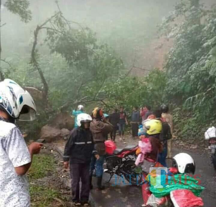 Inilah kondisi jalan menuju Malang di KM 55 Piket Nol yang diunggah warganet (Foto : Media sosial)