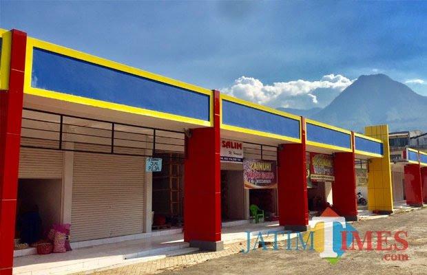 Bangunan tahap pertama pasar sayur Kota Batu. (Foto: Irsya Richa/MalangTIMES)