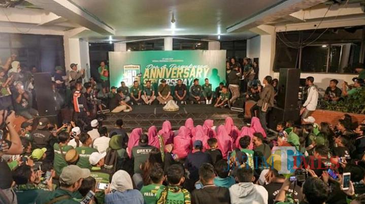 Acara ulang tahun Persebaya di Mess Persebaya di Karanggayam